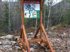 New Tunnel Creek Avalanche Sign